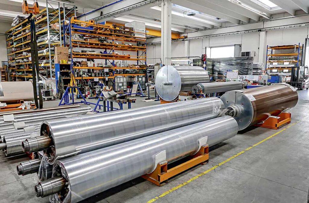 цилиндры различных диаметров на производстве Monti Antonio